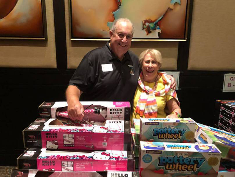 boca-west-childrens-foundation-getting-to-know-jennifer-bate-p2-toys-volunteers